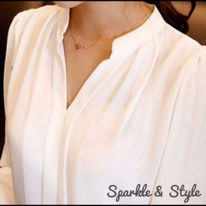Tops - 🆕✨Long sleeve all-wear blouse✨
